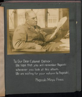 A note to Victor Delnore in the scrapbook compiled by Nagsaki Minyu Press