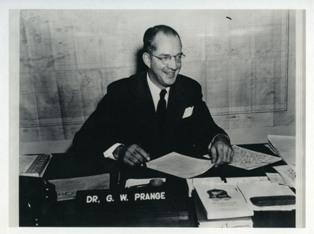 Prange at his desk during the Occupation of Japan.